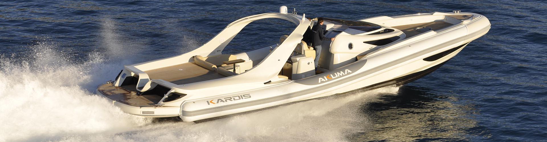 Kardis-Akuma-50-yacht-running